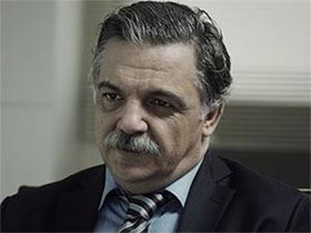 Düğüm Salonu - Murat Karasu - Yaşar Kimdir?