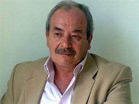 Bizim Hikaye - Mehmet Yücel Özkal Kimdir?
